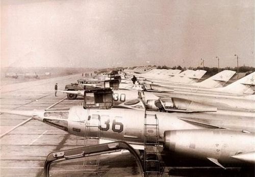 Soviet Air Force in Poland. 164th independent Guard Reconnaissance Air Regiment Yak-28PP Brewer-E ECM iand MiG-25RB Foxbat n Brzeg airfield