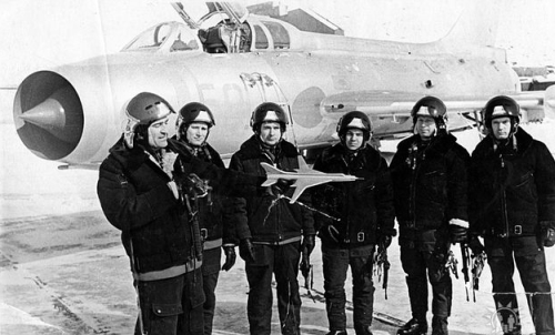 Soviet 26th Guard Fighter-Bomber Air Regiment's pilots in front of their Su-7U Moujik advanced trainer jet