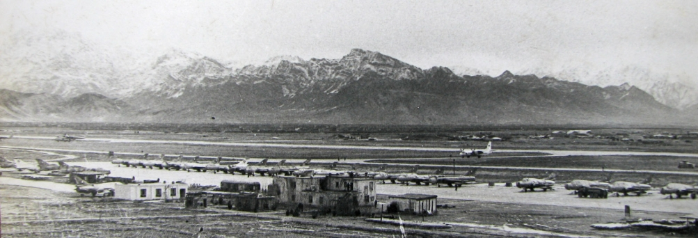 Afghan Air Force's old Su-7BMK Fitter-A, Su-7UMK Moujik and new Su-22M Fitter-J in Bagram airport Afghanistan in 1981. Photo: Igor Bubin