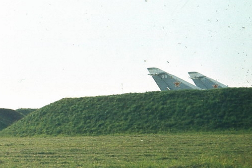 USSR Air Force's 7th Bomber Air Regiment, Starokonstaninov Su-24M Fencer-D