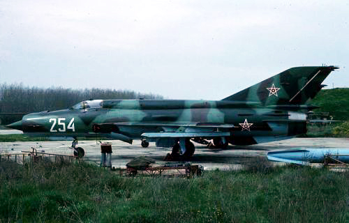 Bulgarian Air Force 19th Fighter Air Regiment MiG-21bis Fishbed-N at Graf Ignatievo 1991. Photo: Christian Boisselon collection.