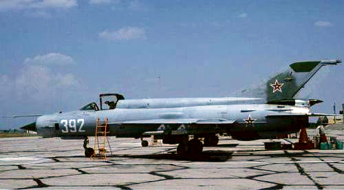 Bulgarian Air Force 19th Fighter Air Regiment MiG-21bis Fishbed-N at Graf Ignatievo grey color. Photo: Christian Boisselon collection.