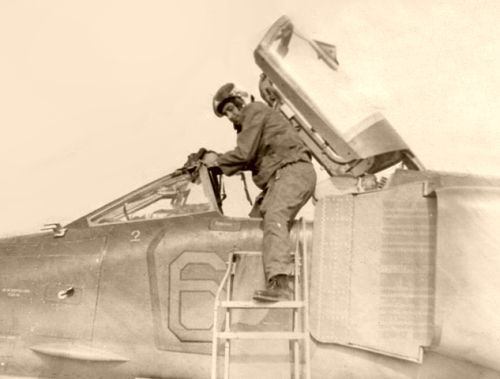 Bulgarian pilot retraining to MiG-23BN Flogger-H in Soviet Union