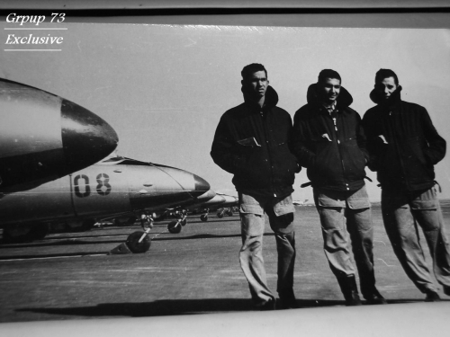 Three Egyptian pilots and theirs L-29 Delfin trainer aircrafts