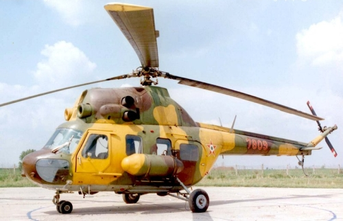 Hungarian Air Force 90th Command and Air Courier Regiment Mi-2 Hoplite. Photo: Szücs László