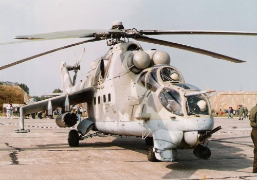 Hungarian Air Force 87th Combat Helicopter Brigade  Mi-24V Hind-E combat helicoptern in Pápa AB 1990. Photo: Simon László