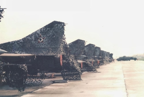 Hungarian MiG-23 Floggers in light-gray color scheme
