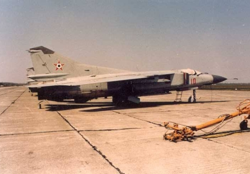 Hungarian MiG-23MF Flogger-B in light-gray color scheme WITH STAR