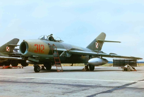 Polish Tactical Air Force's 45th Fighter Bomber Air Regiment's camouflage Lim-6bis at Babimost in 1985