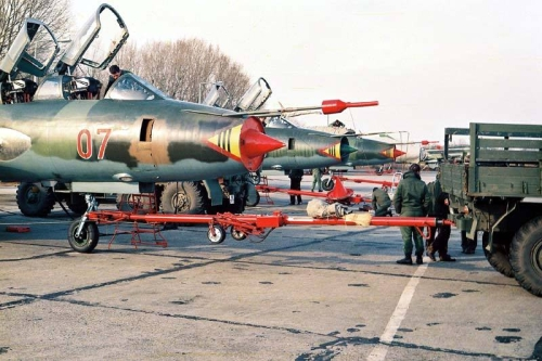 Hungarian Su-22UM3 Fitter-G reconnaissance-bomber trainer type at Taszár air base in 1984