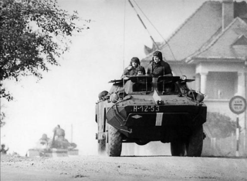 Invasion of Czechoslovakia, Operation Danube: T-54 main battle tank, D-442 FUG amphibious reconnaissance vehicle and a PT-76 light reconnaissance tank of the Hungarian 8th Mechanized Infantry Division at the the Czechoslovakian - Hungarian border in 1968.