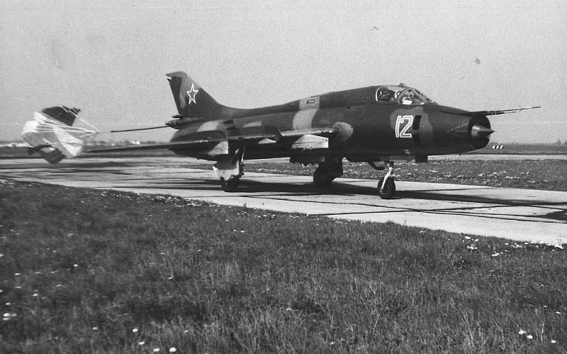 Early Su-17M3 'Fitter-H' fighter-bomber aircraft at Cherlyany airport in 1980