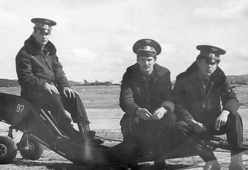 Soviet soliders at the Kilpajarv airport