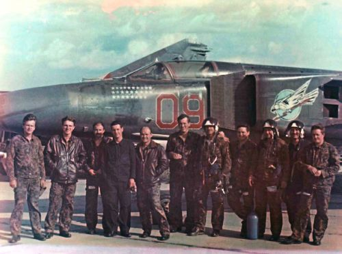 Pilots of 228th regiment in front of former 168th regiment MiG-23MLD Flogger-K in 1992 at Bagerovo airport.